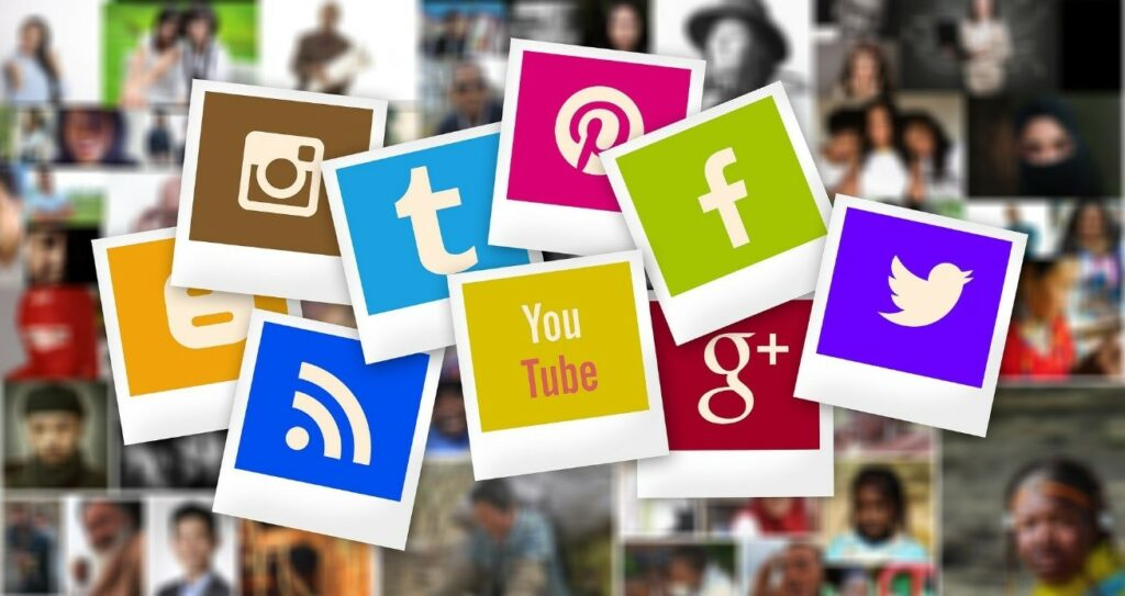 2 – أضف روابط للمشاركة على مواقع التواصل الاجتماعي